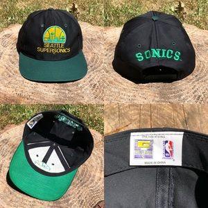 Other - Vtg 90's Seattle Super Sonics Snapback Hat Black